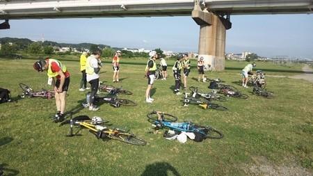 スタート地点(多摩川河川敷)