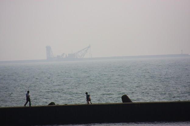 海の風景    浚渫船(しゅんせつせん)