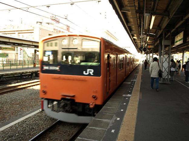 Photos: 201系青梅線(拝島駅)