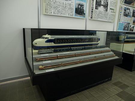 0系新幹線の模型(新山口駅)