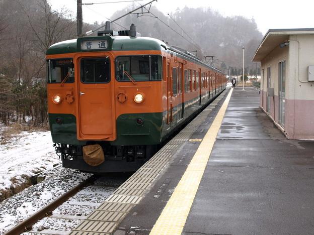 写真: 115系吾妻線(大前駅)