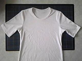 パイル地白Tシャツ