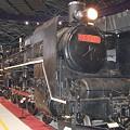 写真: 鉄道博物館 回転台に乗るC57-135(2)