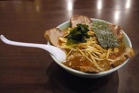 とんこつ正油ネギチャーシュー麺