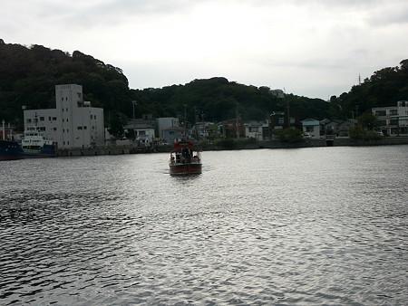 浦賀の渡しのポンポン船