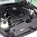 写真: 日産V37スカイライン ダイムラー製2.0Lターボエンジン