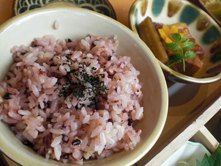 七穀米ご飯&ラフテー