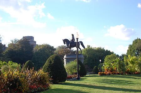 ワシントン像(Public Garden内)