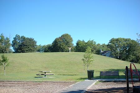 Robbins Farm Parkの丘からやっほー