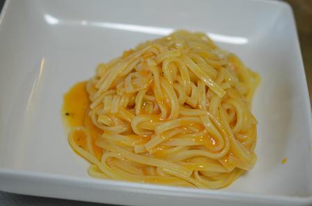 マ・マー 弾む生パスタ 海老のトマトクリーム タリオリーニ
