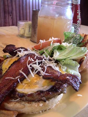 Huli Sue's Ceaser burger
