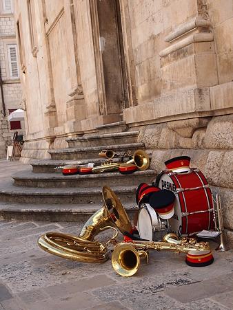 世界遺産と楽器と