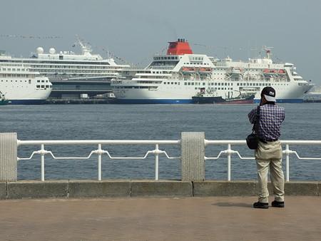 船を撮る人