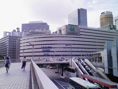 080808-梅田歩道橋