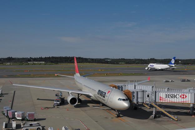 成田国際空港の滑走路
