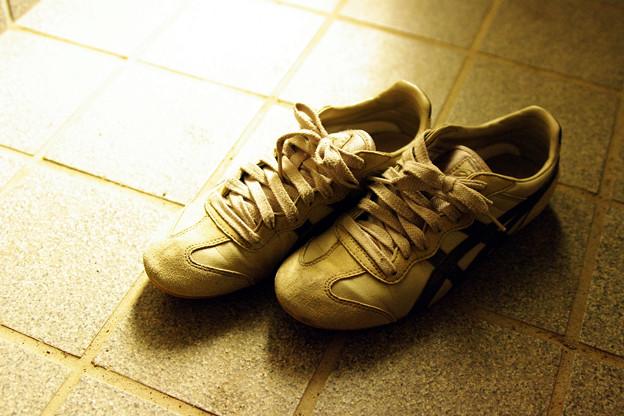 使い古した靴