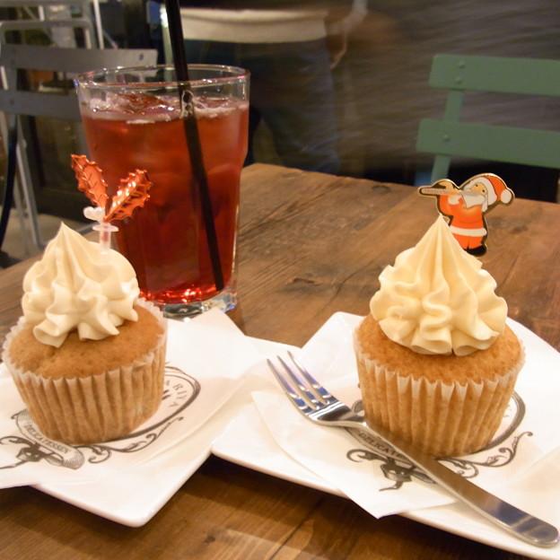 【東京|カフェ】 PARIYA (04) カップケーキ