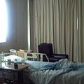 Photos: バンコク|サミティベート病院 ミネラルウォーターも完備