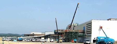 イオンかほくショッピングセンター  10月28日 オープン予定で建設中