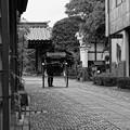 モノトーン 蔵造の町並み 静かな場所を・・20120624