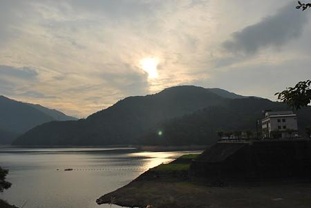 R158 九頭竜湖