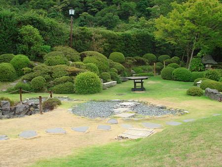 雲仙宮崎旅館の庭園(2)